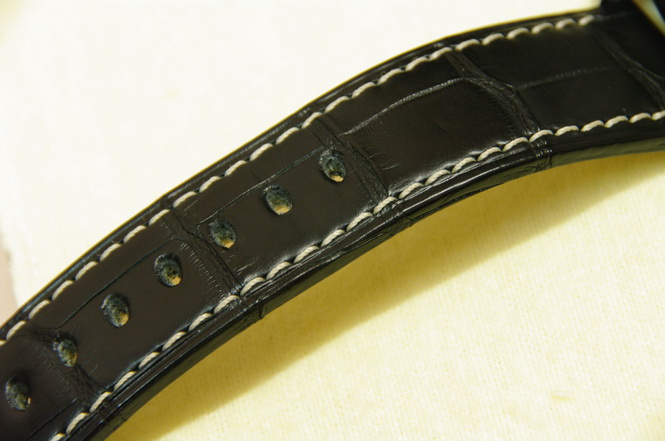 Black alligator strap
