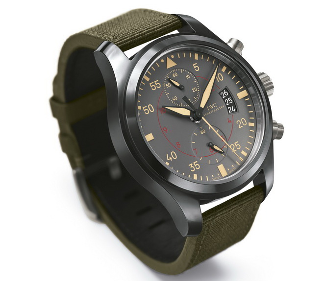04_iwc_pilots-watch-chronograph-top-gun-miramar_0