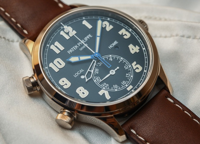 Patek-Philippe-Calatrava-Pilot-Travel-Time-5524-aBlogtoWatch-8